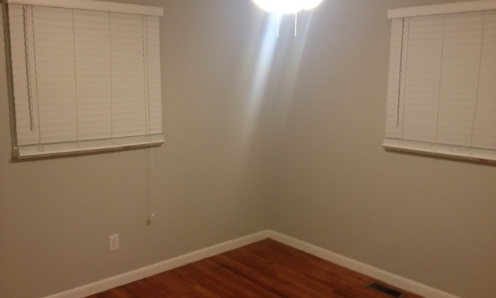 New Paint in the second bedroom too.  Ceiling Fan and Double Hung Closet